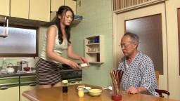 risa-murakami-schwiegertochter-nimmt-sich-des-schwiegervaters-an